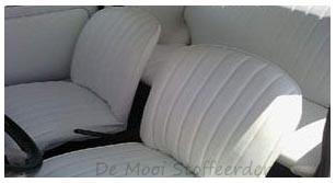 Stoffering van bootkussens for Auto interieur vernieuwen